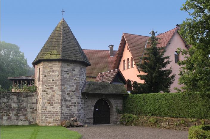 Eingang zum Orthodoxen Dreifaltigkeit Kloster in Buchhagen