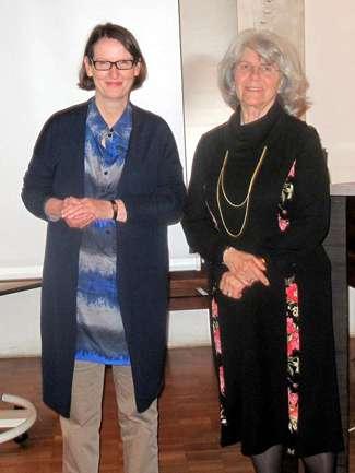 Susanne Wied und Angelika Kandler Seegy auf dem Harmonik-Symposion 2015