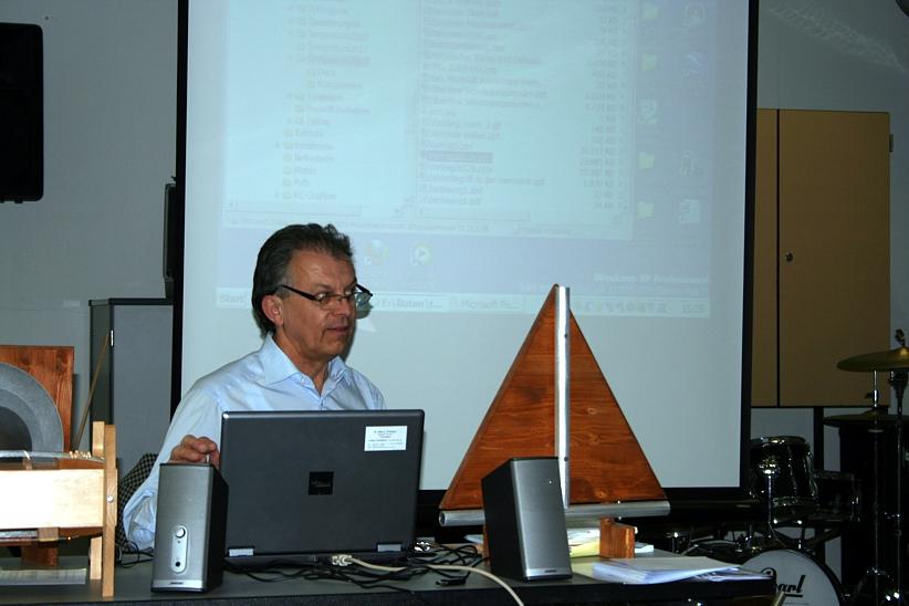 Willibald Limbrunner Vortrag Vom Klang der Geometrie 2012